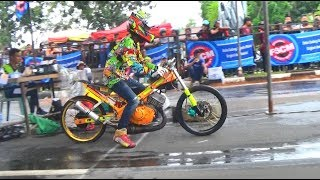 Video DRAG BIKE LUAR JAWA TAK KALAH DENGAN DI JAWA | DRAG PANGKAL PINANG 2017 download MP3, 3GP, MP4, WEBM, AVI, FLV November 2017