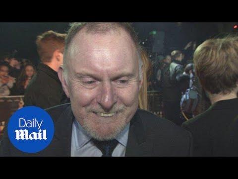 Robert Glenister talks about working alongside Ben Affleck  Daily Mail