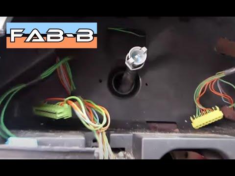 Comment remplacer le câble de compteur sur Citroën AX