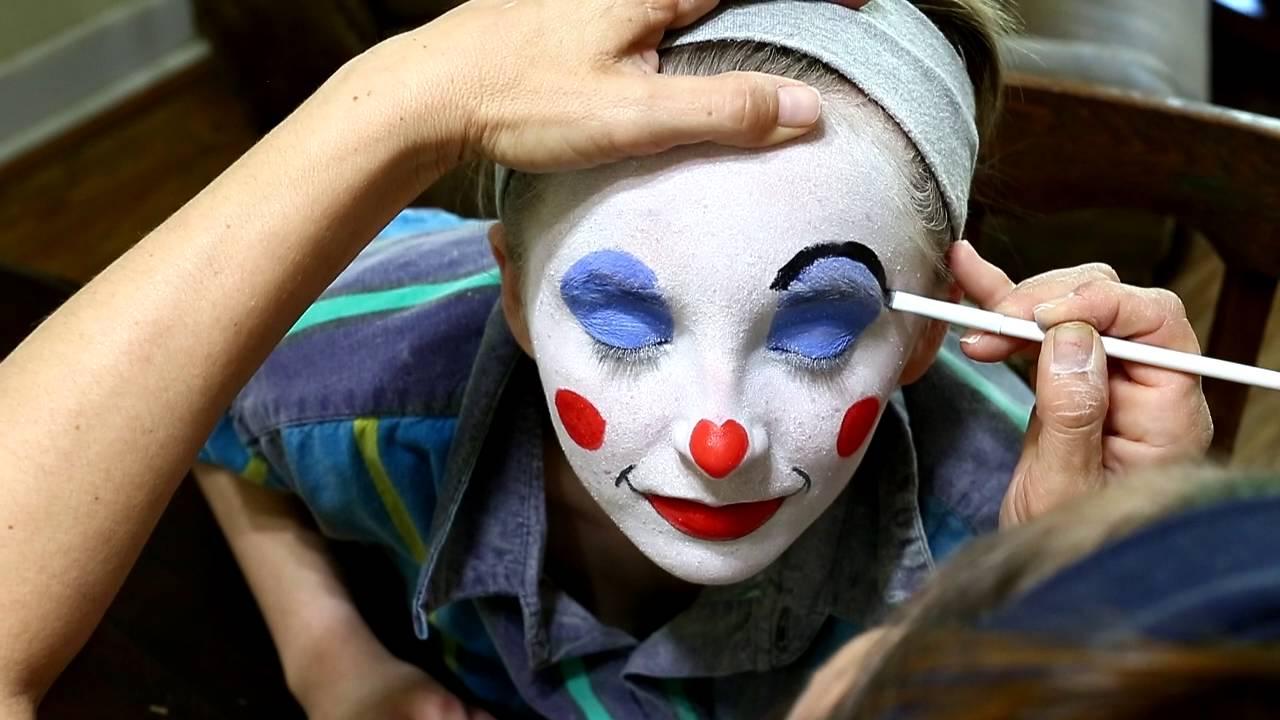 Clown School A Family Affair - Youtube-2386