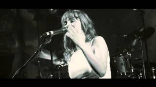 Gabrielle Aplin - Slip Away (Live from Wilton