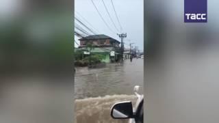 Наводнение на Самуи  в Таиланде под удар стихии попал популярный среди туристов остров