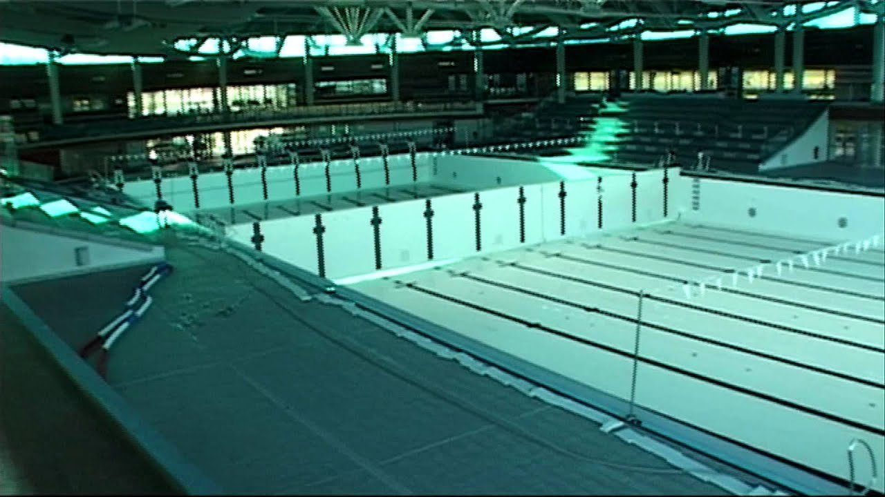 Piscine olympique mov youtube for Construction piscine desjoyaux youtube