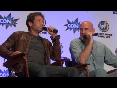 David Duchovny and Mitch Pileggi's Q&A - Wizard World Comic Con Pittsburgh - P2