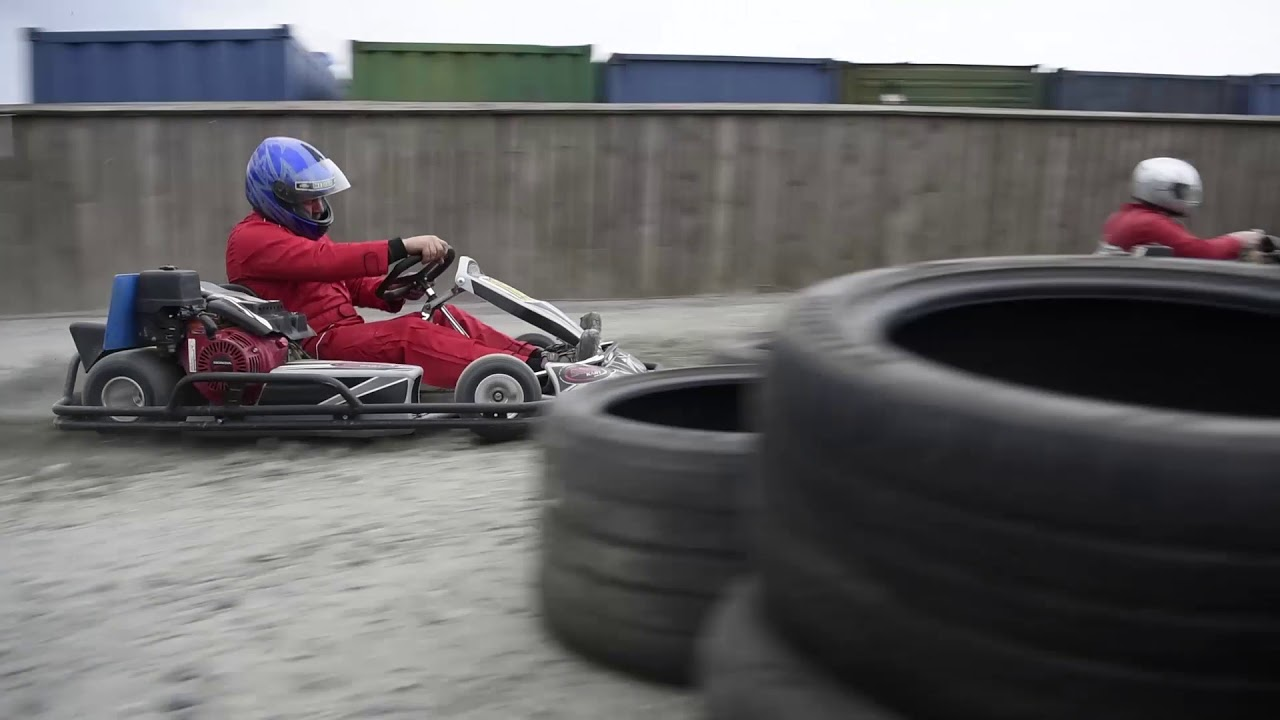 Go Kart Racing Pa >> Sveriges Forsta Gokartbana Pa Grus I Alingsas Youtube