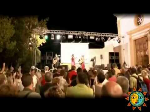 Musica popolare folk gruppo di canti popolari napoletani della campania di pizzica tammurr