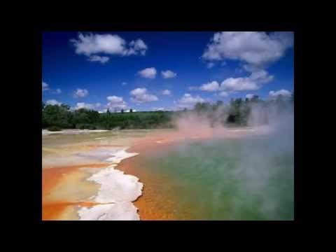 Natural wonders - Champagne Pool (New Zealand)