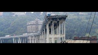 Genova, crollato il ponte Morandi - Genova, the A10 motorway Morandi collapses