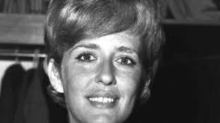 Рано утром! Скончалась известная актриса – не пережила ночь. Близкая подруга шокировала всех!