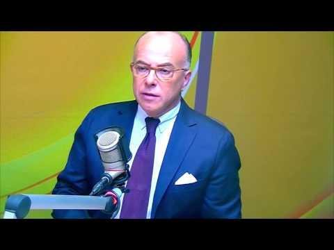 Interview radio de Bernard Cazeneuve - Guyane 1ère