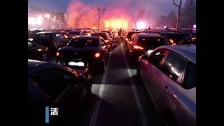 """缓解隔离期苦闷德国举行""""汽车迪斯科舞会"""""""