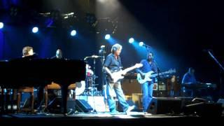 Eric Clapton & Steve Winwood - Too Bad @ Oracle Arena - Oakland 6/29/09 HD