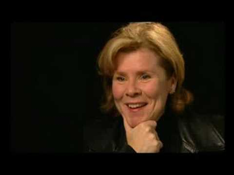 "Imelda Staunton talking about ""Vera Drake"""
