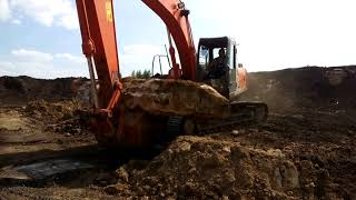 Мраморная плита в земле Липецкой области