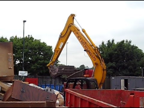 A Visit To The Tip - Nottingham Household Waste Recycling Centre