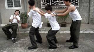 mga taong walang magawa sa kanilang buhay.......