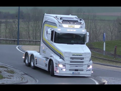 intocht Truckshow Ciney 2018 with New Generation Scania T, V8 open pipes and many more 4K UHD