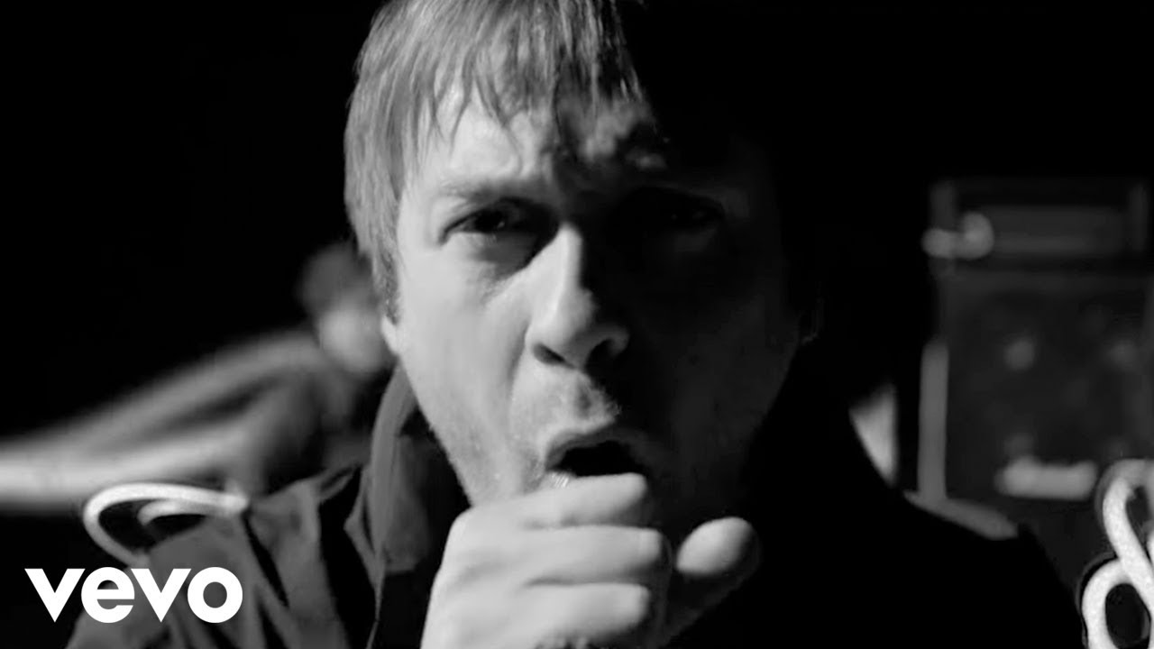 Kasabian - Days Are Forgotten (Official Music Video)