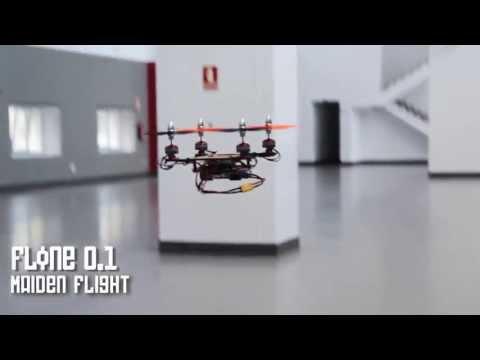 Un drone asequible que utiliza un móvil como ordenador de abordo