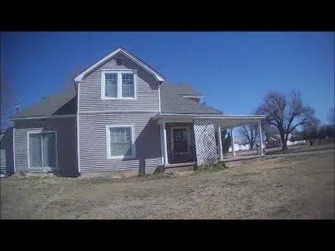 Metal Detecting and Coin Shooting Old Neighborhood Houses