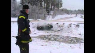 Car accident caught on camera by Swedish TV4