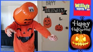 3 Year Old Kid Decorating for Halloween 2018 - The Floor is Lava Challenge - Willy
