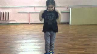 Якутка Диана Егорова круто танцует