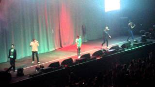 The Wanted Radio City Live- Glad You Came ( Jay Walking Man )