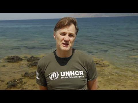 David Morrissey, 'Walking Dead' actor, meets refugees in Greece