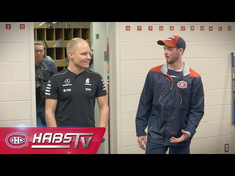 Paul Byron gives Valtteri Bottas a tour of the Canadiens facilities