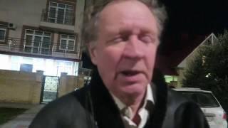 Пьяный мужик подошел на улице в Сочи. Ютуб видео пьяные.