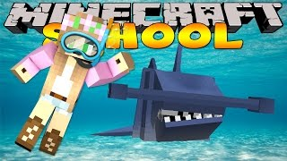 Minecraft School : LITTLE KELLY SWIMS WITH SHARKS!!
