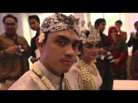 Ayudia Bing Slamet + Ditto Percussion Wedding | AkuMoment