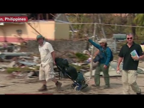 CNN crew faces challenges in Philippines