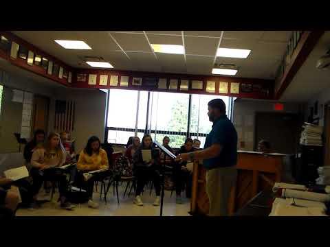 Linn High School Choir Rehearsal