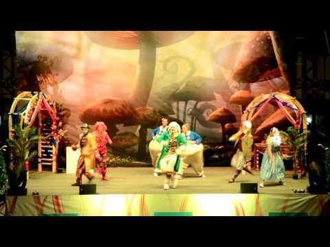 Alice in Wonderland - Show in Doha
