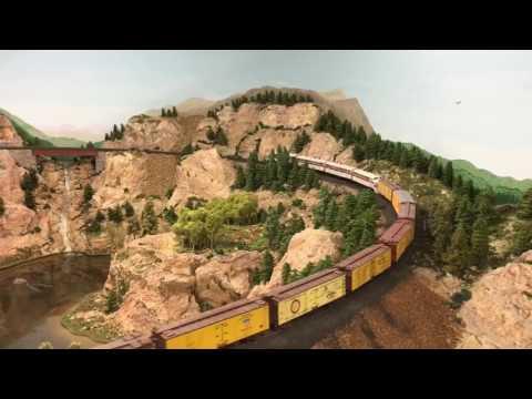 Movie: The Rocky Mountain Lines HO Scale Model Railroad 1/87 Burlington CB&Q Rio Grande D&RGW