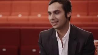 بالفيديو كونال نايار نجم مسلسل Big Bang Theory للخطوط الجوية البريطانية: هكذا غيّر السفر حياتي... وهذه عاداتي الغريبة في الطائرة !
