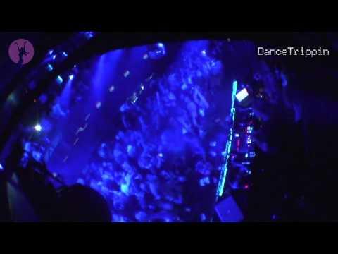 Noir & Haze - Around (Solomun Dub) [played by Marco Carola]