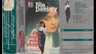 Nia Daniaty - Aku Siapa Yang Punya