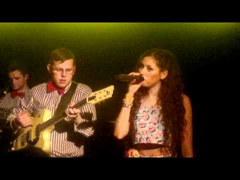 Eliza Doolittle - Police Car (6 - 3 - 2011, Bitterzoet at Amsterdam)