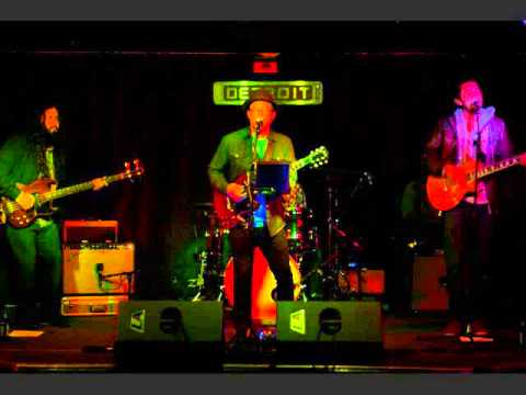 The Memorial Highway live at KX 93.5
