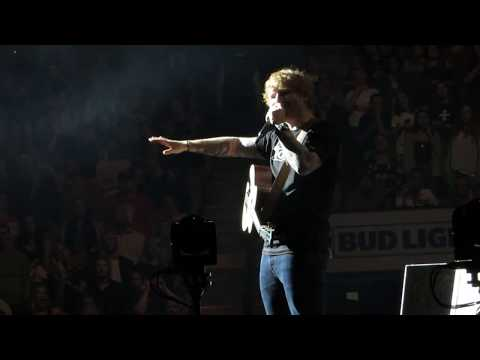 Ed Sheeran on how to act at a concert - Boston TD Garden - 9/22/17