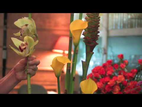 How to Make an Oriental Flower Arrangement