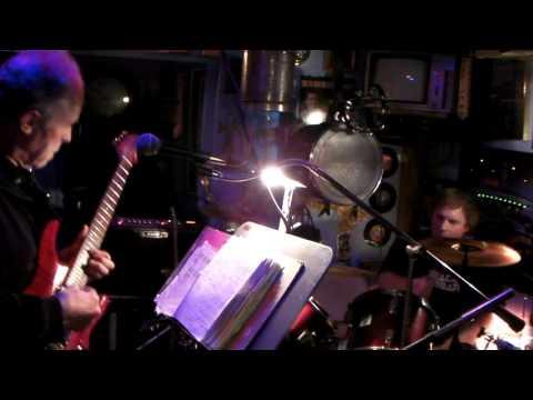 """LONG WAY TO THE TOP"" AC/DC (cover) Ron McVan & Dave Bartzen"