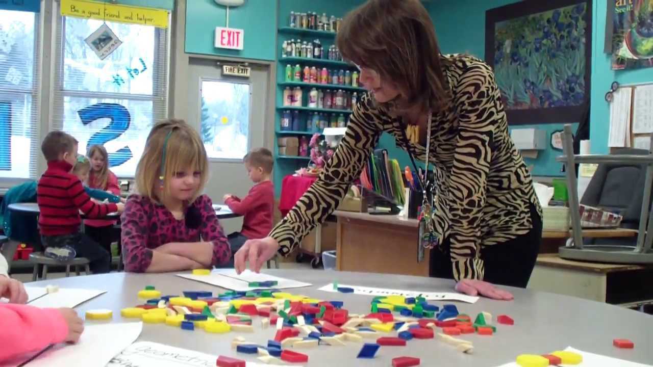 art class for preschoolers symmetry lesson in a kindergarten class 517