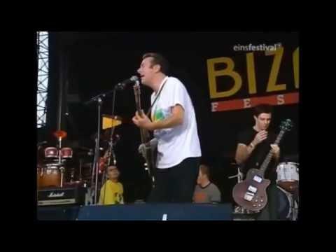 Joe Strummer & The Mescaleros [X Ray Style] live 1999