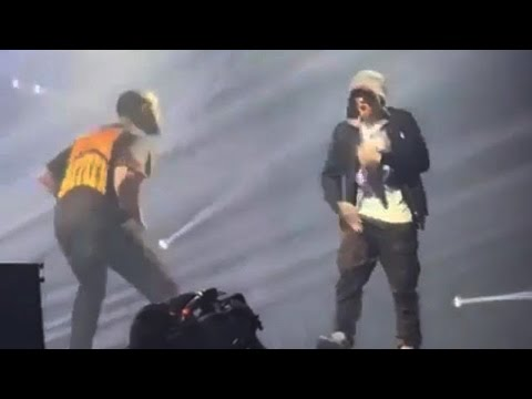 Drake Brings Out Eminem in Detroit 8/17/16
