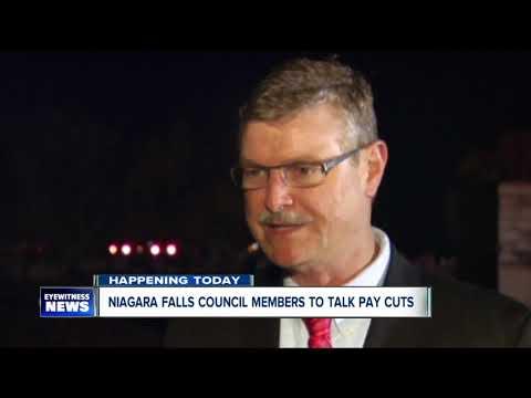 Niagara Falls considers cutting mayor, council salaries