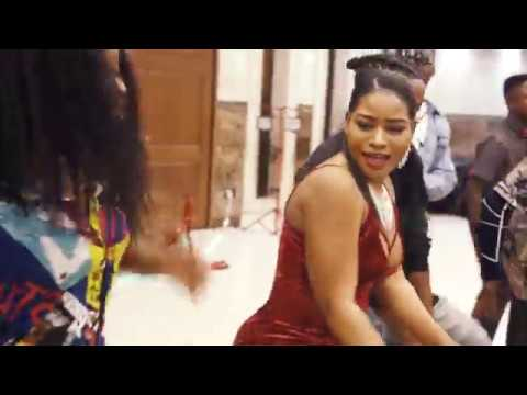 "Koffi Olomide | LE LIVE - Danse ""Papa Mobimba"" Valentine's Day Party 2019 Rockford IL"